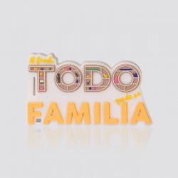 Memoria USB promocional en forma de logo AL FINAL TODO QUEDA EN FAMILIA