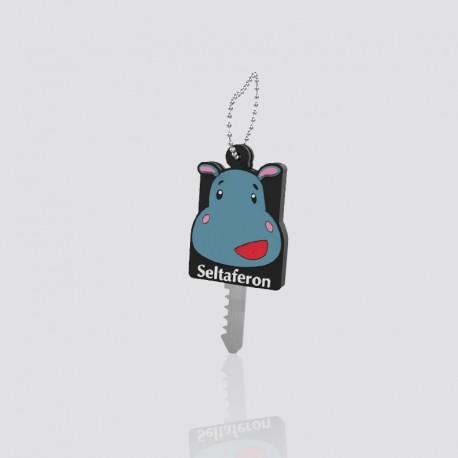 Cubre llaves promocional en forma de personaje SELTAFERON