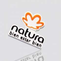 Memoria USB  promocional en forma de logo NATURA